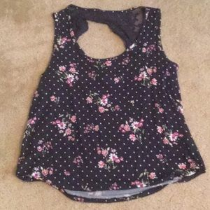 Navy and White Polka Dot w/ Pink Flowers Tank 🌸🌸